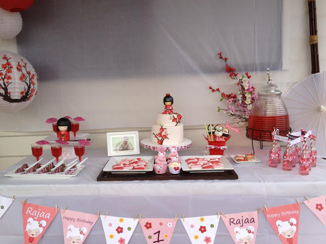 decoracao festa kokeshi:festa kokeshi mesa2